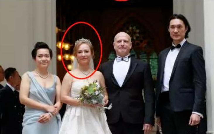 9 'Tiểu Long Nữ' ngày ấy - bây giờ: 4 người chọn độc thân, 2 người kết hôn với 'Dương Quá', viên mãn nhất là 'Cô Cô đùi gà' 16