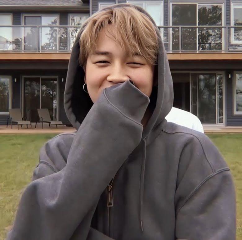 10+ khoảnh khắc chứng minh Jimin cười bằng mắt đẹp nhất BTS, khiến ARMY yêu không lối thoát 8