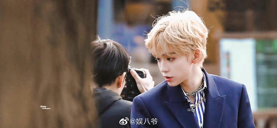 19 trai đẹp Cbiz nhuộm tóc vàng: Ai cũng như hoàng tử lai mà Vương Nhất Bác ra nông nỗi này 2