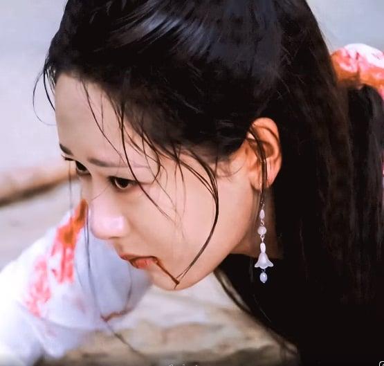 14 mỹ nhân Cbiz trong tạo hình chiến tổn: Dương Mịch, Lý Thấm đau thắt lòng, Angela Baby muôn đời giả trân 3