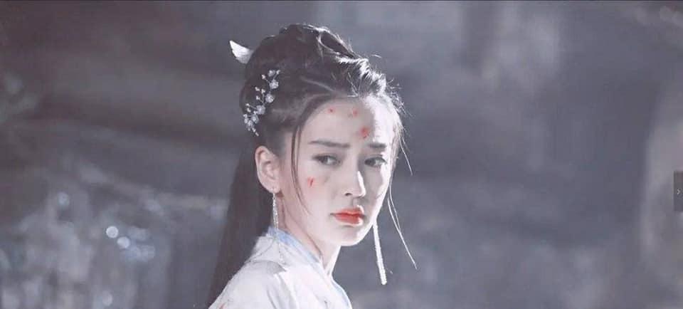 14 mỹ nhân Cbiz trong tạo hình chiến tổn: Dương Mịch, Lý Thấm đau thắt lòng, Angela Baby muôn đời giả trân 18