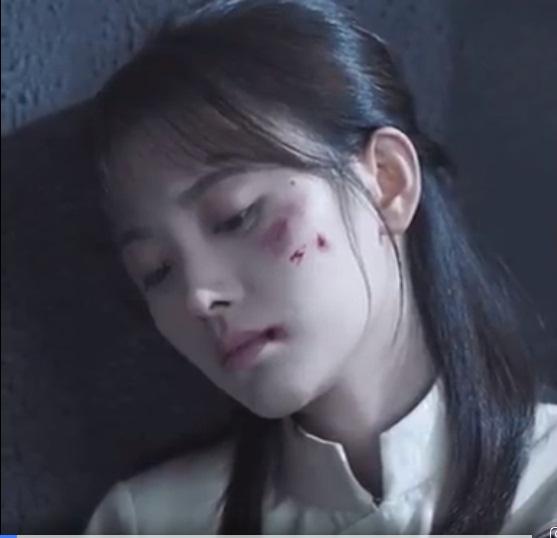 14 mỹ nhân Cbiz trong tạo hình chiến tổn: Dương Mịch, Lý Thấm đau thắt lòng, Angela Baby muôn đời giả trân 13