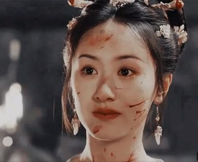 14 mỹ nhân Cbiz trong tạo hình chiến tổn: Dương Mịch, Lý Thấm đau thắt lòng, Angela Baby muôn đời giả trân 14
