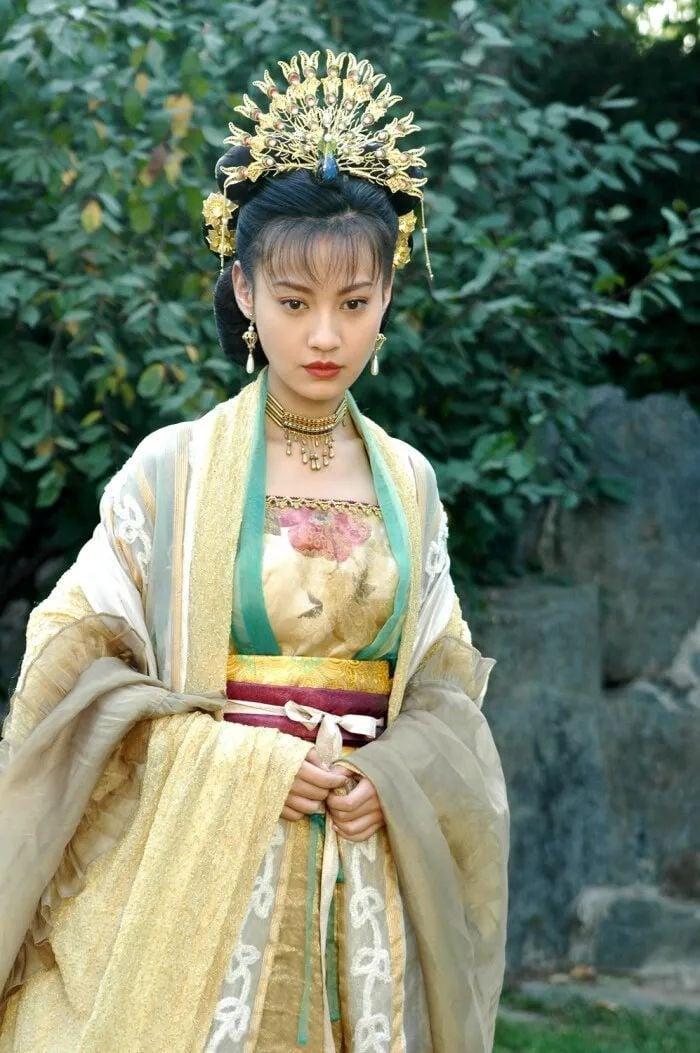 4 ác nữ màn ảnh Hoa ngữ đỉnh cao hơn cả nữ chính: Hoa Phi 'Chân Hoàn Truyện' mãi là huyền thoại 7