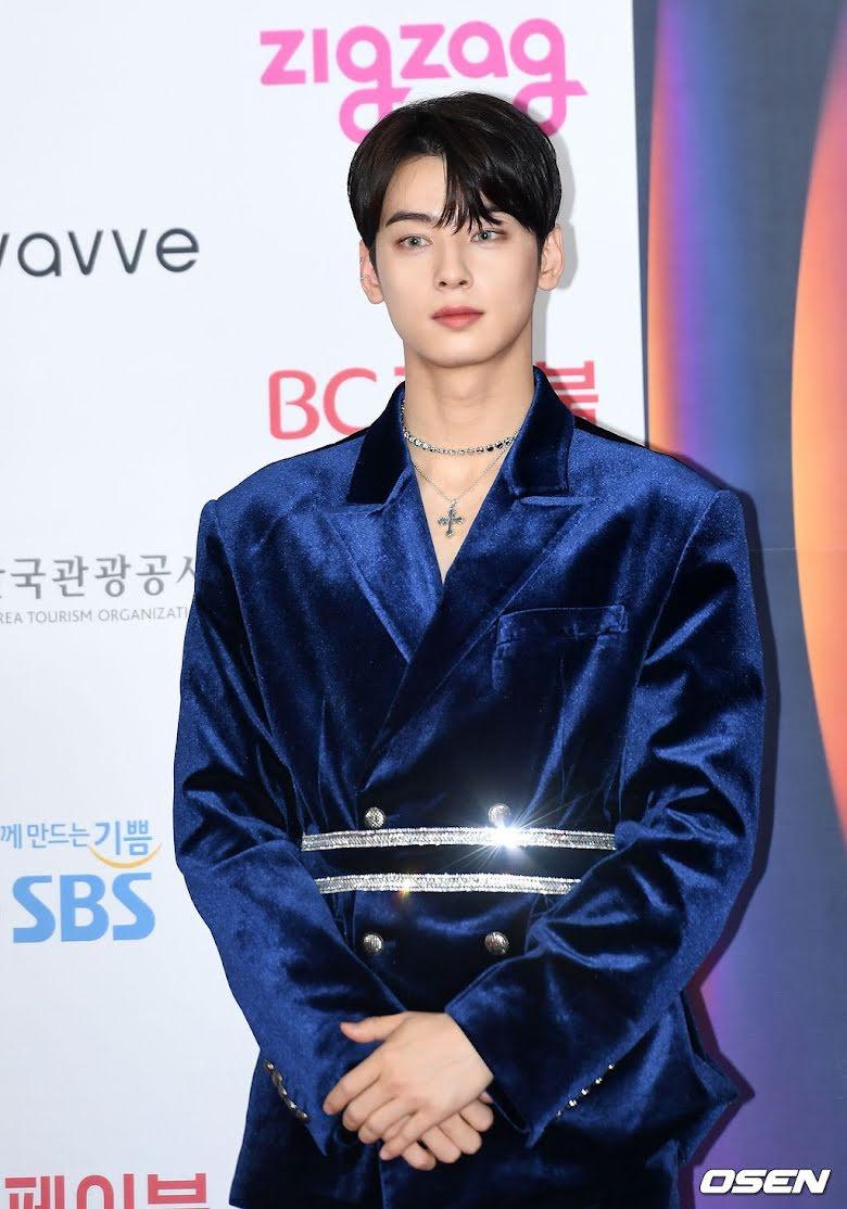 Những lần Cha Eunwoo (ASTRO) trong tạo hình hoàng tử đẹp đến rụng rời: Kiệt tác tạo hóa cũng chỉ đến thế!  21