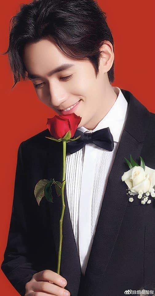 12 trai đẹp Cbiz cầm hoa tỏ tình, chàng trai nào khiến bạn gật đầu nguyện ý? 22