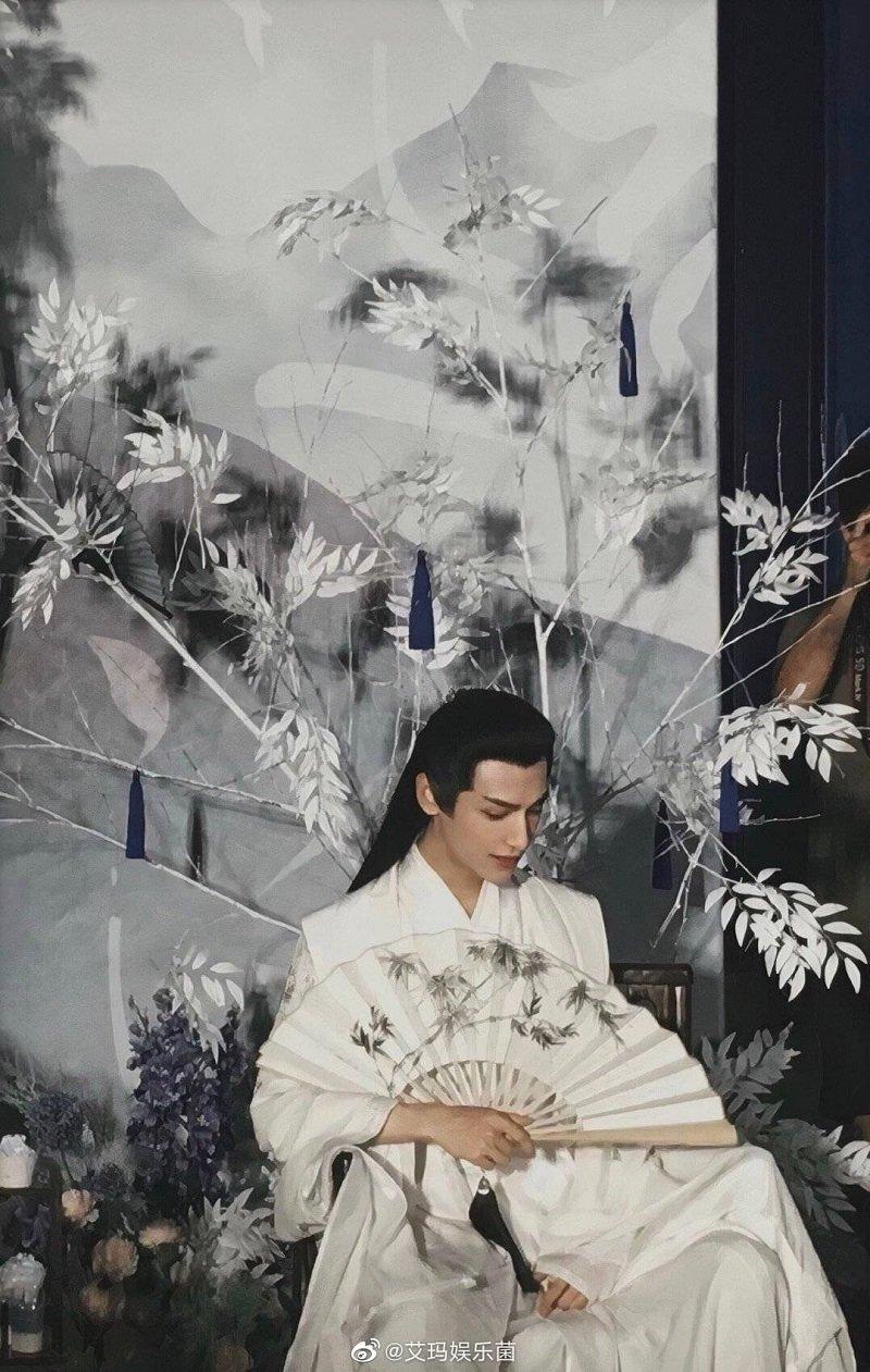 La Vân Hi trong loạt tạo hình cổ trang bạch y đẹp điên đảo chúng sinh 6