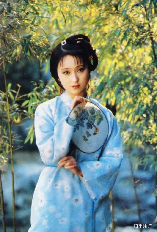 'Tiên tỷ' Lưu Diệc Phi cùng 'mợ chảnh' Jun Ji Hyun lọt top những mỹ nhân băng thanh ngọc khiết, không vướng bụi trần 4