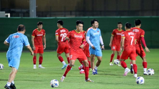 Trung vệ Thành Chung: 'Việt Nam đã sẵn sàng, thành hay bại sẽ được định đoạt trên sân' 2