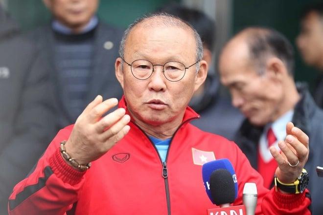 این مربی چینی درست قبل از مسابقه ویتنام 2 یک اولتیماتوم برای