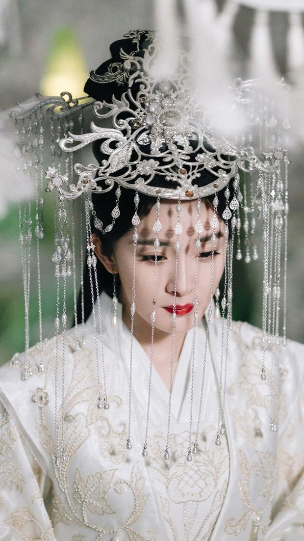 Sao Trung đọ sắc với cổ phục: Dương Mịch đẹp đến nao lòng, Nhiệt Ba trên cả xuất sắc, Châu Tấn đúng 'thành lũy' 2