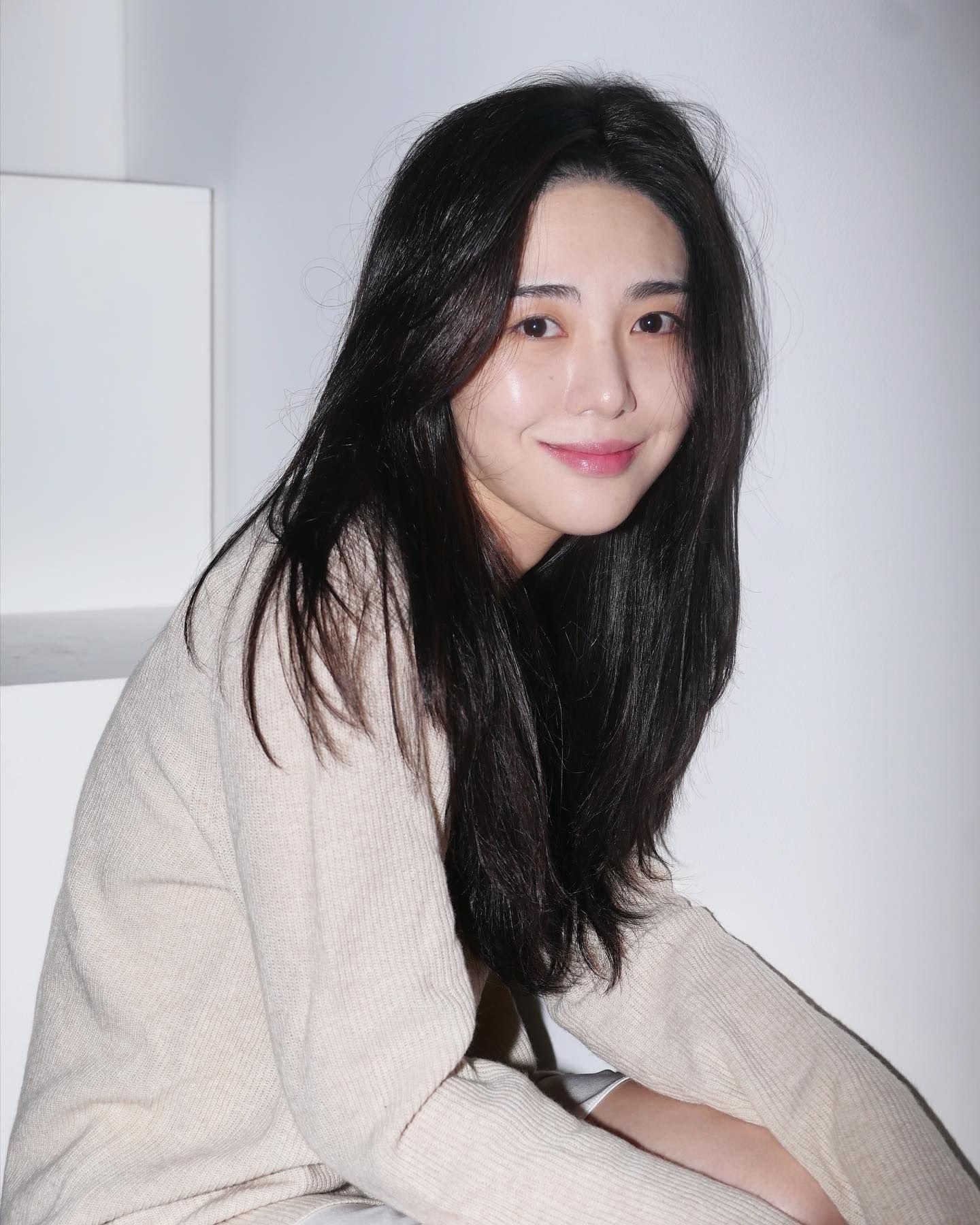 NÓNG: Idol Hàn Quốc Mina (AOA) tự 'chấm dứt cuộc đời' lần thứ 4 tại nhà riêng 2