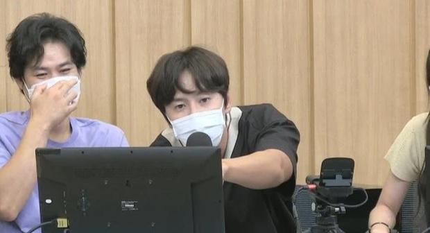 Lee Kwang Soo chính thức lên tiếng về tin đồn 'đập đi xây lại' cả mặt hậu rời Running Man 3