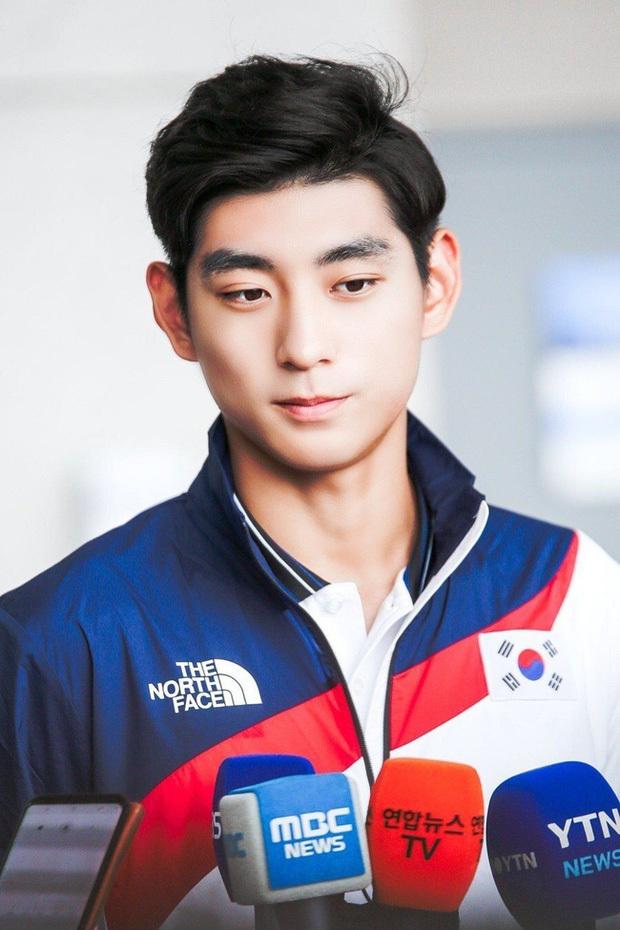Ngắm các soái ca siêu 'mlem' của đoàn Olympic Hàn Quốc, hội chị em bỗng yêu thể thao hẳn ra 7