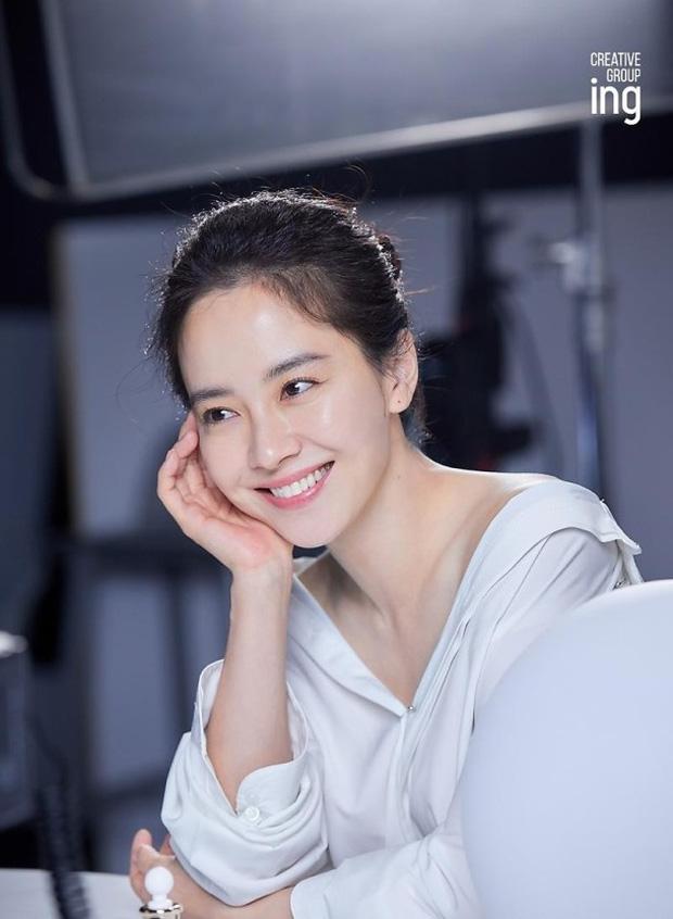 8 mỹ nhân 'không tuổi' của màn ảnh Hàn: Jang Nara, Park Min Young bất chấp mọi quy luật, Jeon Ji Hyun không nếp nhăn 6