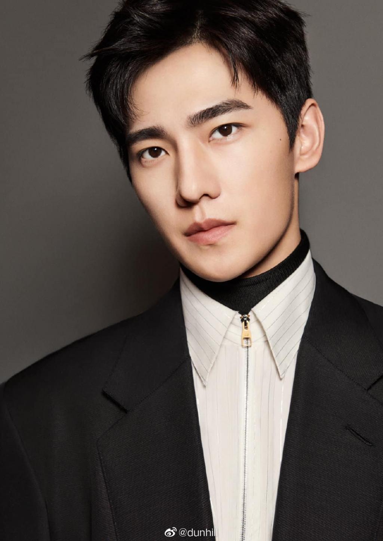 5 mỹ nam Hoa ngữ 'bên ngoài đẹp trai - bên trong lắm tài' khiến fan nữ u mê quên lối về 7