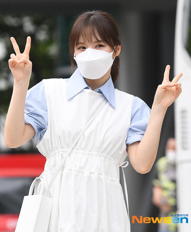 Dàn mỹ nhân Hàn đọ dáng khi đi làm: Wendy (Red Velvet) như tạc tượng lấn át cả 'thánh' Mijoo 3