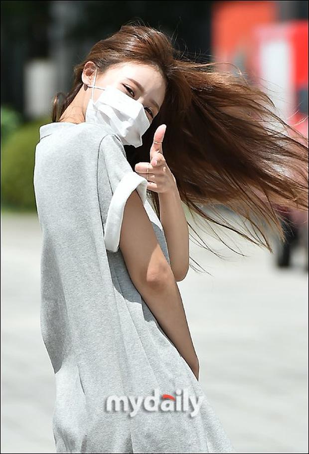 Dàn mỹ nhân Hàn đọ dáng khi đi làm: Wendy (Red Velvet) như tạc tượng lấn át cả 'thánh' Mijoo 6