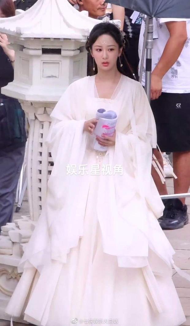 Dương Tử đẹp 'nghiêng nước nghiêng thành' tại hậu trường phim mới, giật luôn danh xưng 'tiên tỷ' của Diệc Phi 2