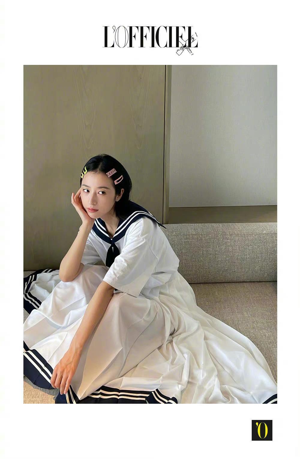 Mỹ nhân Cbiz đọ sắc trong tạo hình nữ sinh: Dương Mịch xinh 'nhức nách', Triệu Lộ Tư tấu hài cực mạnh 7