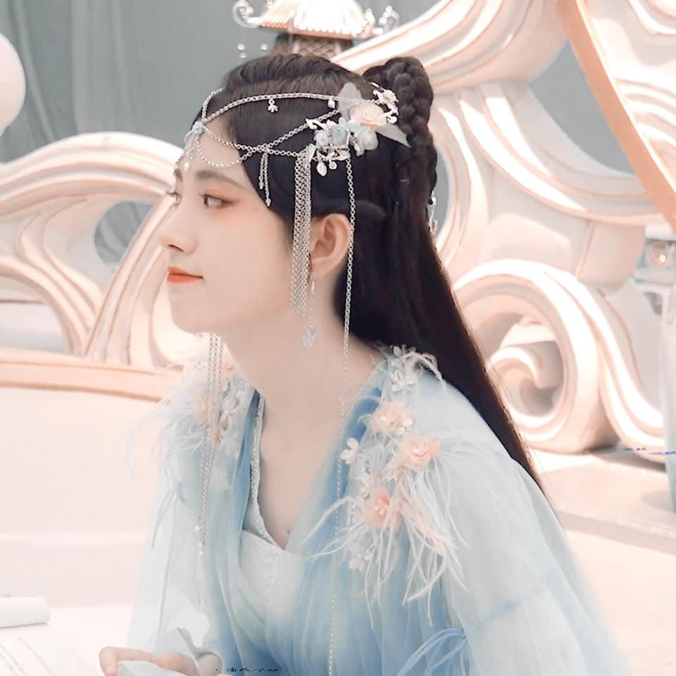 Cúc Tịnh Y khoe visual 'quốc sắc thiên hương' trong Hoa Nhung, nhưng kiểu makeup lại khiến Cnet choáng nặng 7