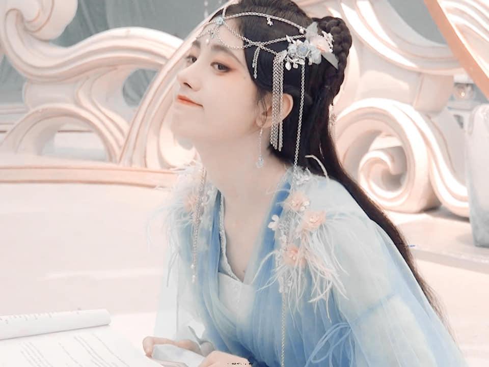 Cúc Tịnh Y khoe visual 'quốc sắc thiên hương' trong Hoa Nhung, nhưng kiểu makeup lại khiến Cnet choáng nặng 3