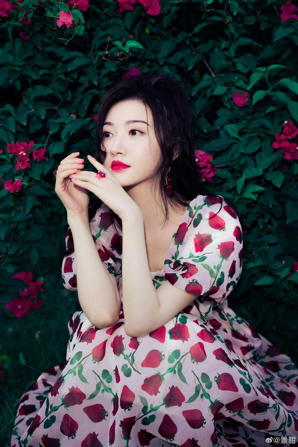 Cảnh Điềm hóa nàng thơ trong bộ ảnh mới, khí chất kinh diễm khiến sao trẻ 'chạy dài' 3