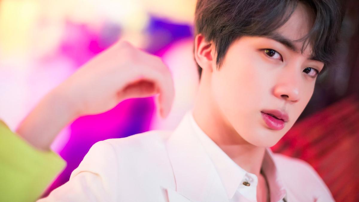 Song Kang 'xỉu ngang xỉu dọc' khi lần đầu gặp Jin: Anh cả BTS đích thị là chiếc chồng quốc dân 6