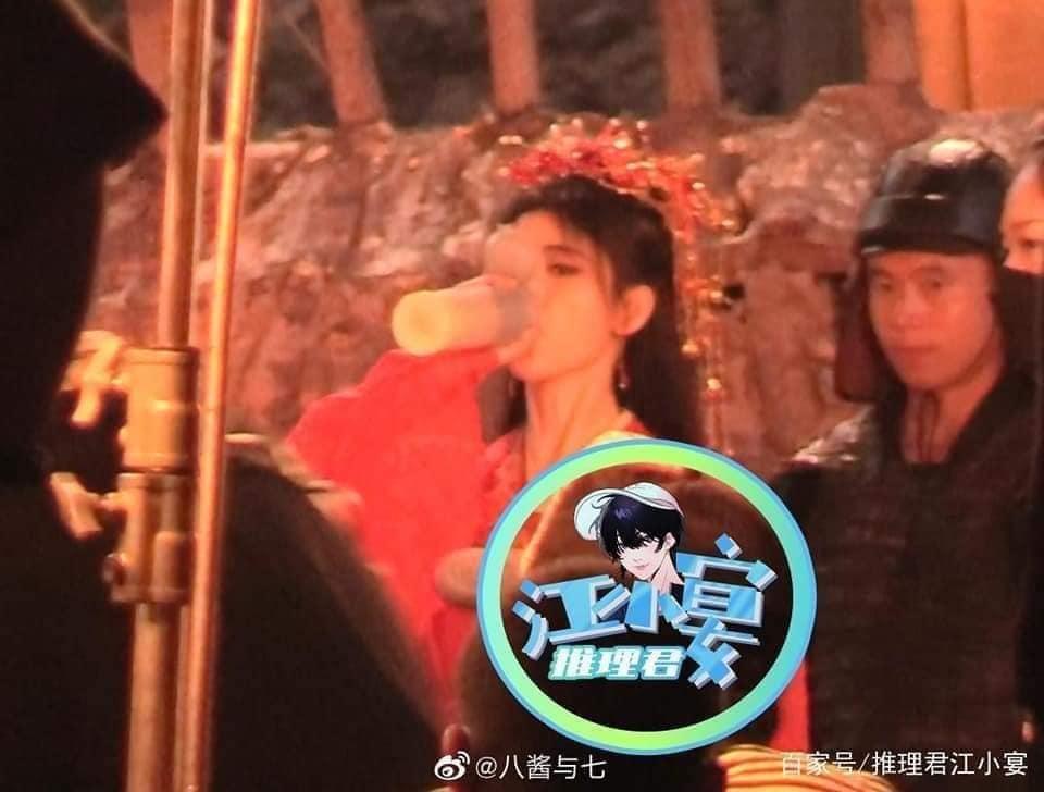 Cúc Tịnh Y đẹp nhức nhối tại phim trường Hoa Nhung, xé mác makeup kiểu 'diễn tuồng'  5