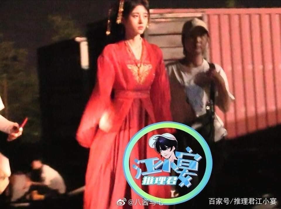 Cúc Tịnh Y đẹp nhức nhối tại phim trường Hoa Nhung, xé mác makeup kiểu 'diễn tuồng'  2