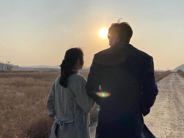 'Chồng quốc dân' Lee Min Ho vừa lộ hint hẹn hò, hội chị em đã tranh giành đòi 'bế' về gấp: Ai có ba bích đi trước 5