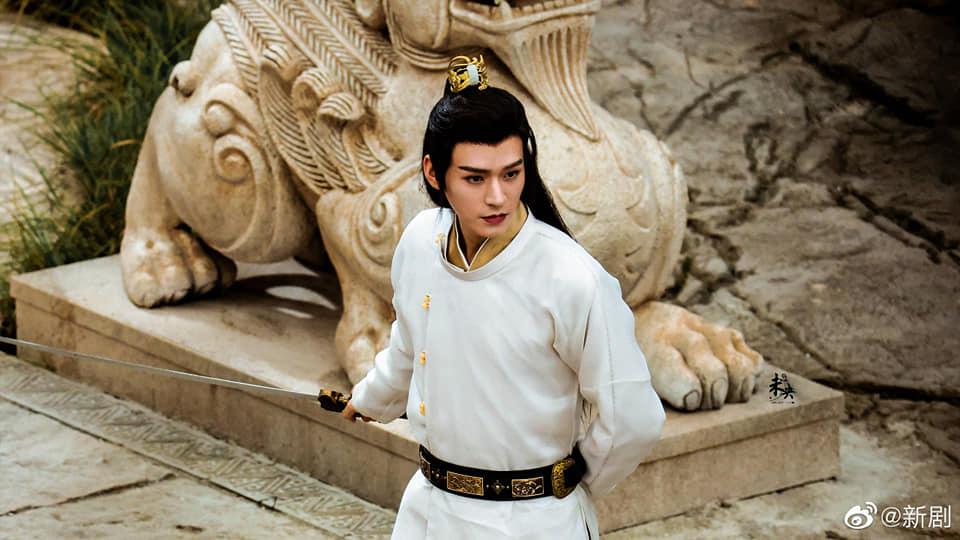 Địch Lệ Nhiệt Ba hóa 'cụ tổ', Cung Tuấn khoe góc nghiêng 'hết nước chấm' trong An Lạc Truyện 7