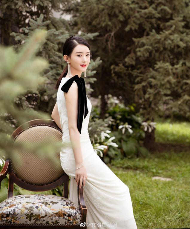 Phong cách thời trang chuẩn 'đẳng cấp quốc tế' của Triệu Lệ Dĩnh, dát Haute Couture đều như cơm bữa 9