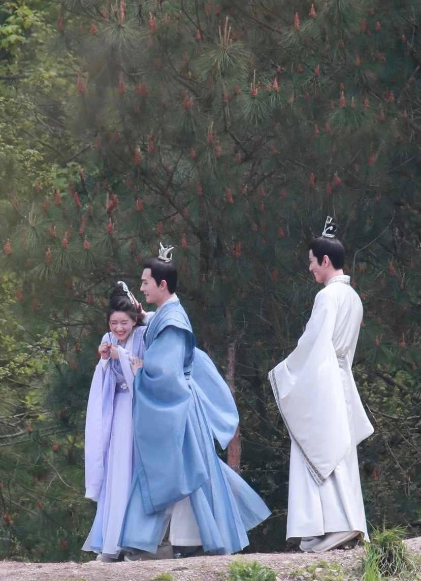 Loạt phim Hoa ngữ chưa lên sóng đã 'nổi đình nổi đám' dạo gần đây: Nhiệt Ba, Lý Thấm 'lép vế' Lộ Tư 4