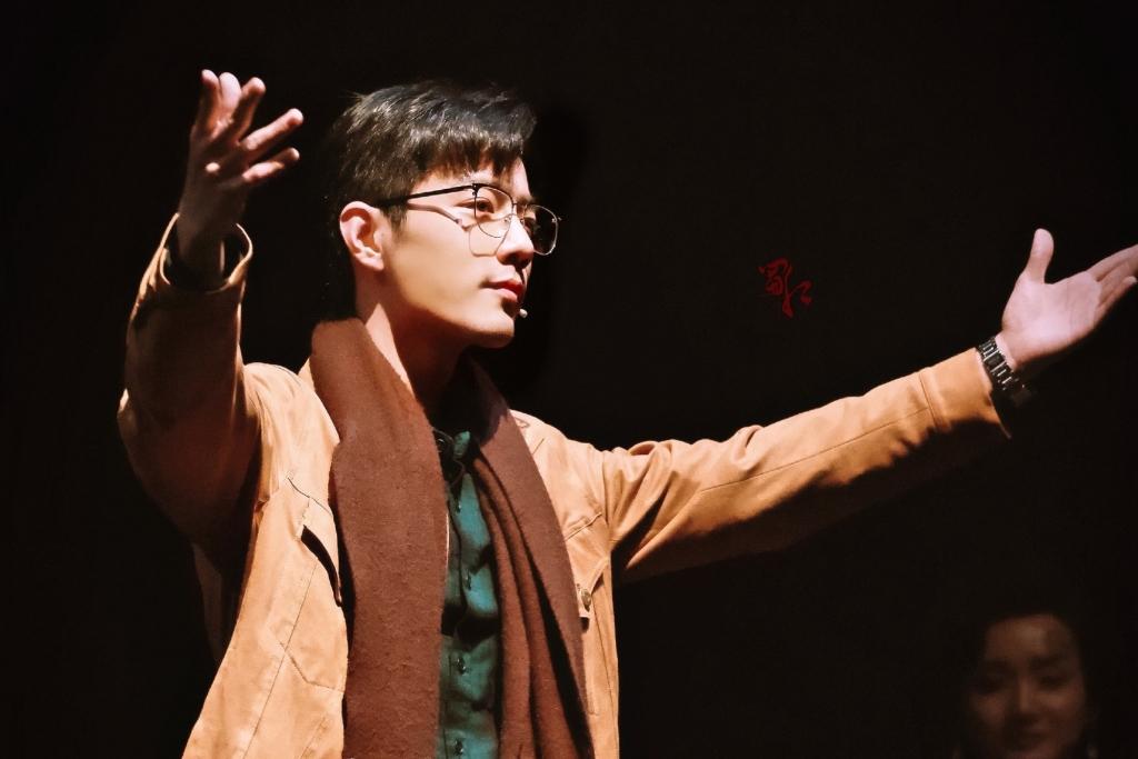 Tin nóng Cbiz ngày 23/9: Tiêu Chiến lộ gu người yêu, Châu Tấn 'có con' mới, Dương Mịch gây sốt, Nhiệt Ba bị 'bóc' 3