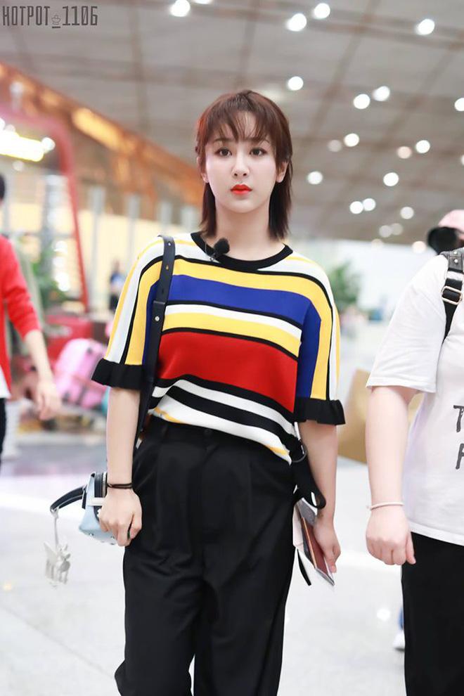 Nói về khoản 'mặc xấu' hiếm ai qua mặt được Dương Tử, chị có thù với stylist hay gì? 10