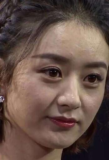 Ảnh chụp cận mặt của mỹ nhân Hoa ngữ: Dương Mịch, Nhiệt Ba như U70, trùm sau lộ cả 'dao kéo' 20