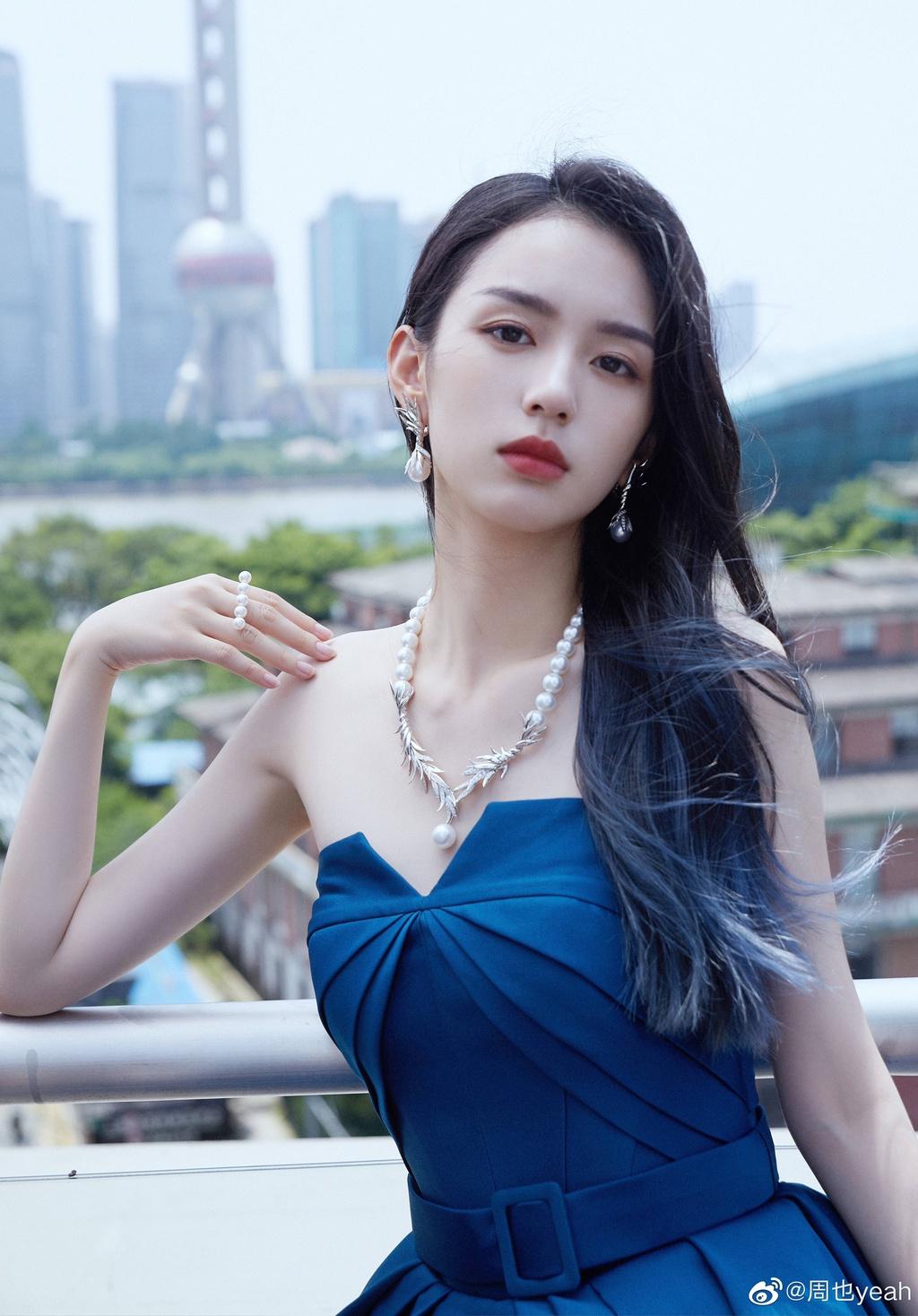 Netizen tìm ra 'thánh địa sống ảo' được Dương Mịch, Lệ Dĩnh, Nghê Ni và hội mỹ nhân Hoa ngữ 'ao ước' thả dáng 4