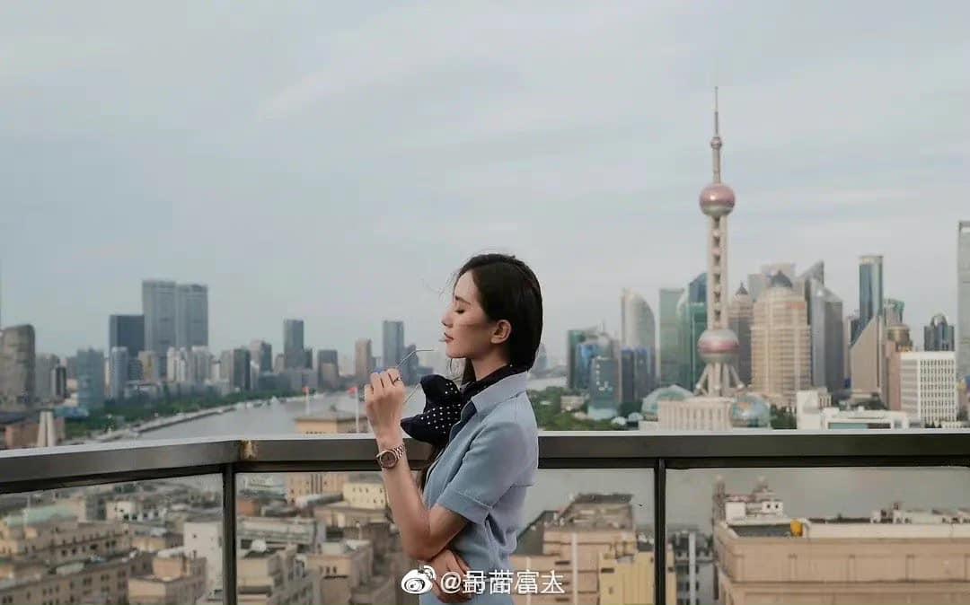 Netizen tìm ra 'thánh địa sống ảo' được Dương Mịch, Lệ Dĩnh, Nghê Ni và hội mỹ nhân Hoa ngữ 'ao ước' thả dáng 9