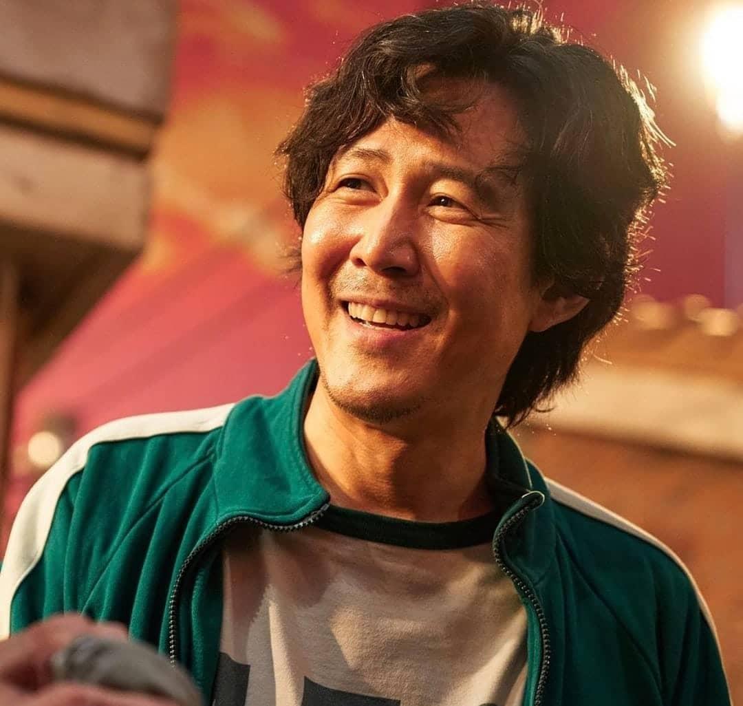 BXH danh tiếng thương hiệu diễn viên điện ảnh tháng 10: Loạt nam thần Squid Game 'đá bay' Song Joong Ki, Hyun Bin 2