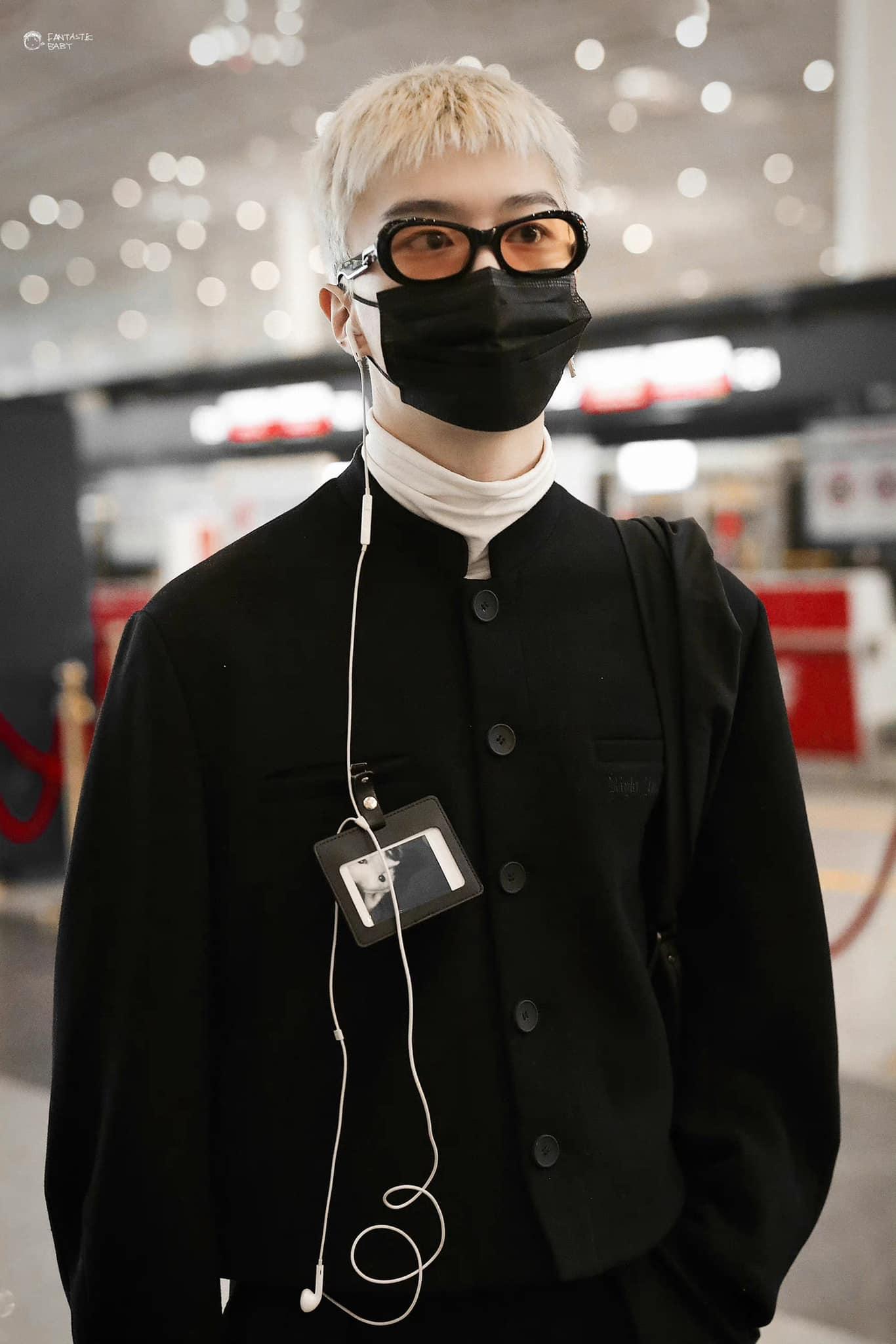 Mặn nhất Cbiz: Phạm Thừa Thừa tự cắt tóc 'cu Shin', ra sân bay vẫn không quên tấu hài? 11