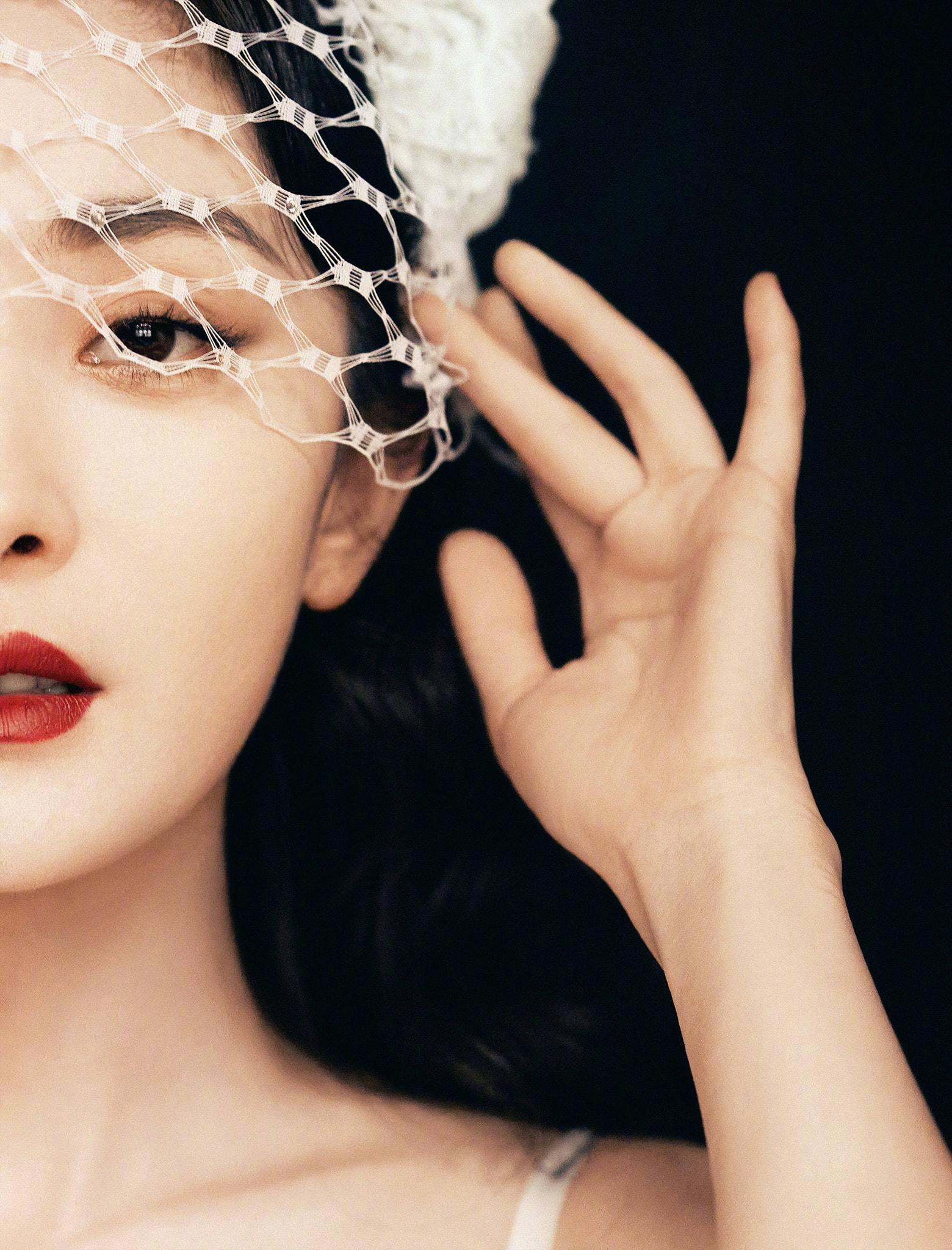 Phong cách thời trang ngày càng 'dạn' của Dương Mịch 2